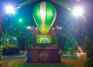'Extraordinaire' Perrier Party